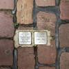 Những miếng đồng in tên người ám ảnh trên đường phố Berlin