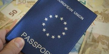 Về nước làm việc có được giữ quốc tịch nước ngoài không?