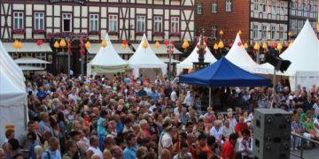 Đèn lồng Hội An thắp sáng ở thị trấn cổ Đức