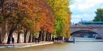 Những thành phố Châu Âu mùa thu như bước ra từ truyện cổ tích