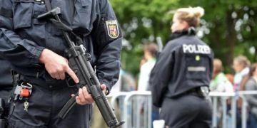 Đức bắt giữ 3 nghi phạm có kế hoạch đánh bom khủng bố