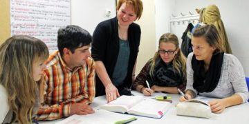 Luật mới ở Đức: Hỗ trợ cho học sinh học nghề và học sinh phổ thông