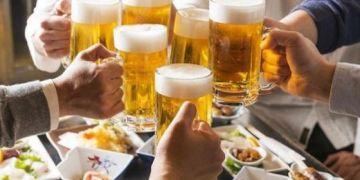 Đức: Cấm sử dụng rượu bia vào buổi cuối tuần