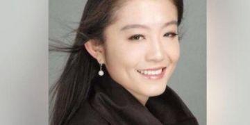 Nữ phiên dịch viên Trung Quốc lên tiếng về tin đồn làm Bill Gates ly hôn