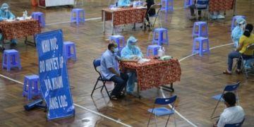 TP HCM sẽ tiêm vaccine cho người dân sau 18h