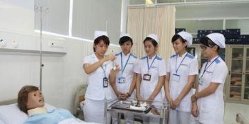 Khủng hoảng lao động điều dưỡng Đức: Brandenburg đề xuất thu hút lao động Việt và Brazil với mức lương 3.200 Euro/tháng