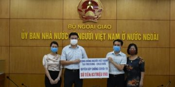 Cộng đồng người Việt Nam tại Freising ủng hộ phòng chống COVID trong nước