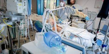 Đức ghi nhận tỷ lệ mắc mới tăng khi tốc độ tiêm chủng chậm lại